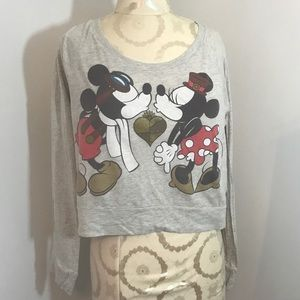 Disney Mickey & Minnie long sleeve crop size Large